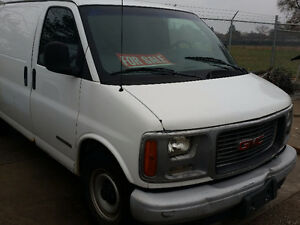 GMC Savanna Vans Windsor Region Ontario image 2