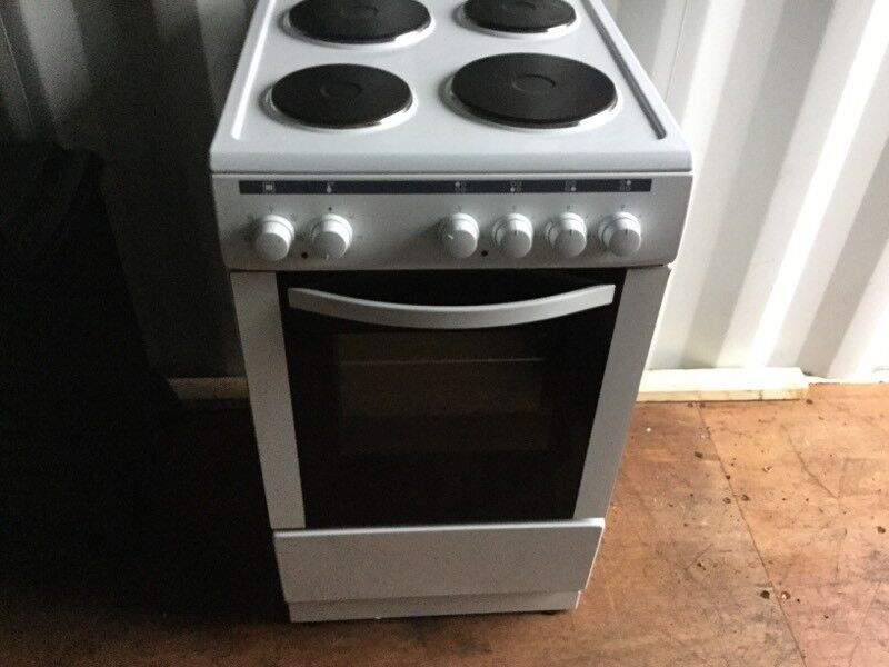 CURRYS NEW ELECTRIC COOKER