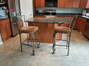 Two bar chairs . High ones