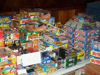 Huge lot of unopened baseball card packs! ()
