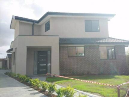 Ashwood brand new Townhouse for sale 4 bedrooms only at 950,000 Ashwood Monash Area Preview