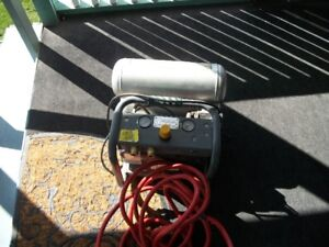 Two Tank Motomaster Compressor With 30 Ft. Of Hose