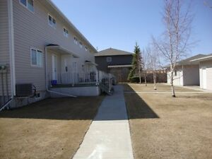 3 Bedroom Townhouse Condo in North East Yorkton For Sale Regina Regina Area image 2