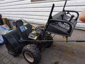 "Master craft""Deluxe"" Snowblower 10.5HP.30"""