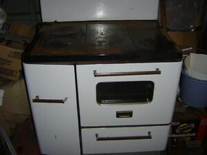 SMALL WOOD COOKSTOVE $500
