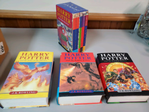 7 harry potter books. Check pictures
