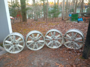 """Rims from a 2005 V6 Mustang - 4 x 16"""""""