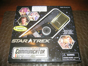 STAR TREK TOS COMMUNICATOR - ENTERTAINMENT EARTH EXCLUSIVE