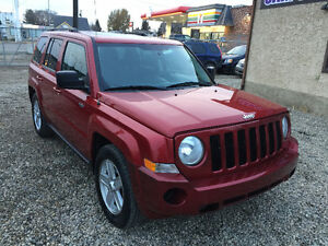 2010 JEEP PATRIOT 4X4    1 OWNER    1 YEAR WARRANTY Edmonton Edmonton Area image 2