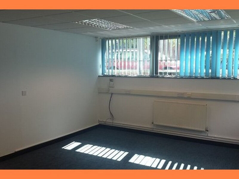 ( SK10 - Macclesfield ) Serviced Offices to Let - £ 250