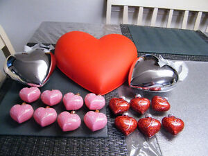 LARGE LOT OF VALENTINE BLOW MOLDS  HEART  PINK RED 17PCS
