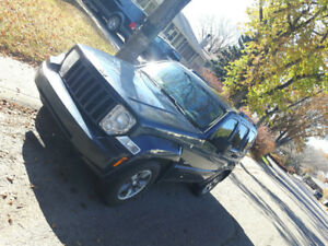 Reduced 2008 Jeep Liberty trail  north edition SUV, Crossover