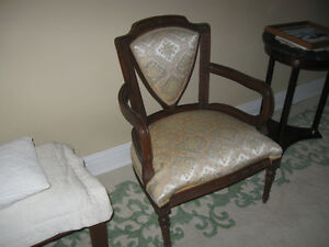 Antique upholstered Chair Great Condition $100