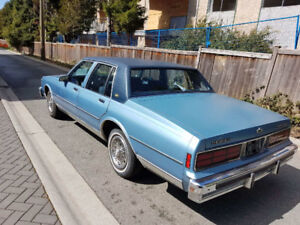 For sale!!!! 1988 Classic Chevy Caprice in Blue