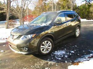 2014 Nissan Rogue AWD,loaded