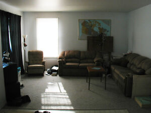 Airport/O'Brien 3 Bedroom, rent includes heat,hydro,water