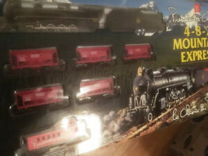 HO Train Set - Pres. Choice Collector - 482 Mountain Express