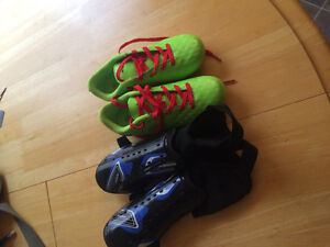 Brand new soccer cleats with pads