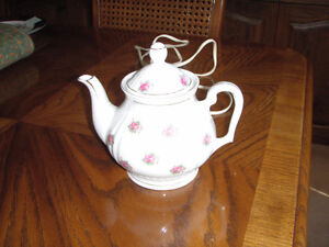 China Tea Pot - electric