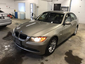 2007 BMW 323i SEDAN,AUTO,LEATHER SEAT! SUNROOF!