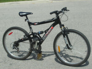 "LIKE NEW ALL ALUMINUM 26"" RALEIGH TORA 21 SPD + DUAL SHOCKS!"