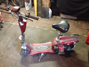 Motorized gas scooter
