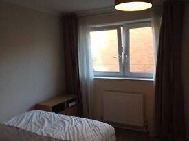 Spacious Double Room with Balcony 795pm all bills included