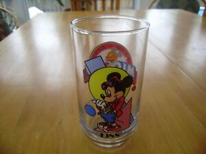 VINTAGE MICKEY MOUSE GLASSES AND MUGS