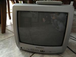 """Tv 14"""" couleur"""