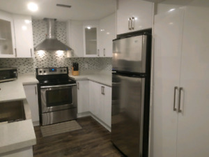 HIGH DEMAND! Guaranteed Best Walkout APT In The Area!!