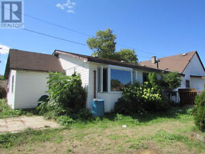 Close to schools in a family friendly area!