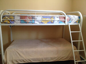 White Metal Bunk Bed in Excellent Condition
