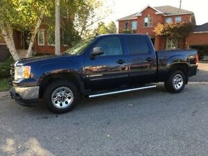 2009 GMC Sierra SLT 1500  Crew Cab Pick up