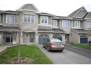A town home for rent in Barrhaven area in K2J3T5