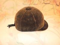 Chapeau pour selle anglaise(cheval)