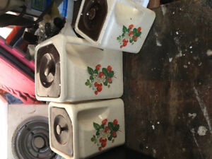 4 SQUARE CONTAINERS FOR KITCHEN CUPBOARD FOR COOKIES CANDIE ETC