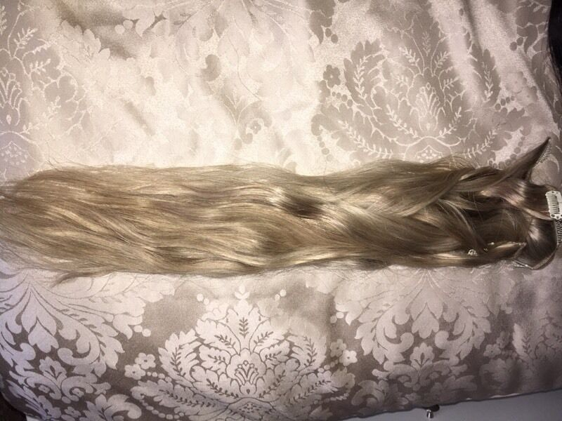 Foxylocks Clip In Hair Extensions In Latte Blonde Very Light Ashy