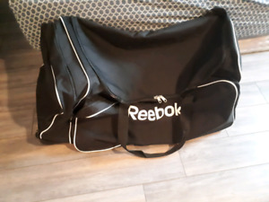 "Reebok 38"" Hockey Bag with Wheels LIKE NEW"