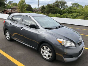 2010 Toyota Matrix, clean title, new safety