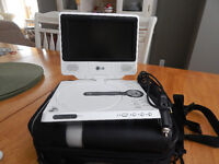 LG - DVD/CD Player with Roots Case