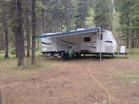 2008 Forest River Cherokee Lite 27T w/ Slide Out