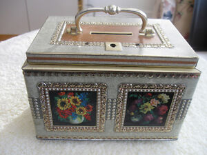 DECORATIVE VINTAGE METAL CHEST-STYLE HANDLED COIN BANK
