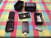 iPhone 3GS ~4mo old, Unlocked, Boxed & Belkin leather case