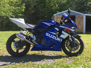 2004 GSXR 600 for sale $3700