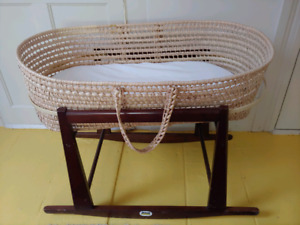 a849aeeac33 Jolly Jumper Moses Basket   Kijiji - Buy, Sell & Save with Canada's ...