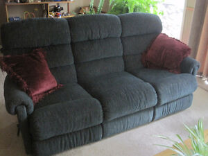 LaZBoy WALL RECLINER SOFA