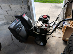 Murray 8.00/24 Dual Stage Snow Blower