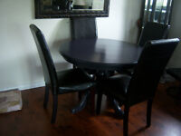 Solid Wood Round Table with 4 Parson Chairs