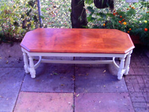 nice oak veneer coffee table