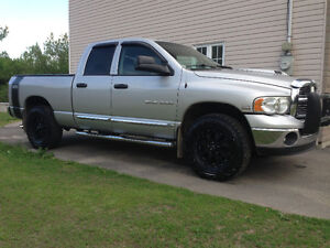 2005 Dodge Power Ram 1500 Laramie Camionnette